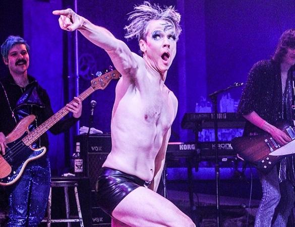 Hedwig, John Cameron Mitchell, Opening Night