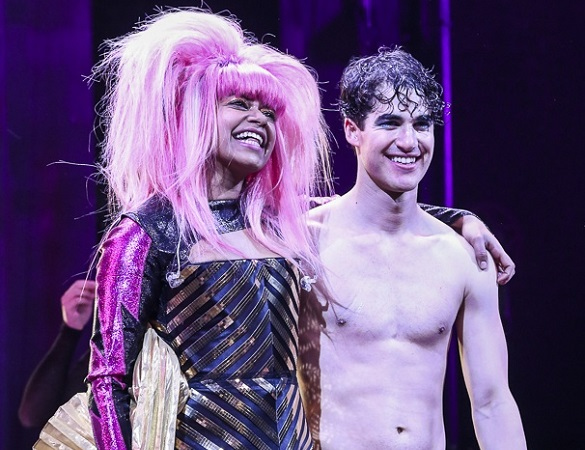 Hedwig, Darren Criss, Rebeccas Naomi Jones, Curtain Call